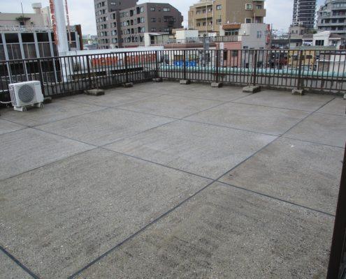 屋上の雨漏り調査